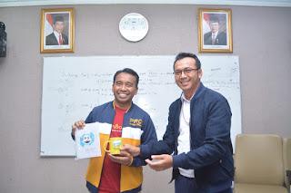 Belajar Pengelolaan Sampah di TPST Bantar Gebang