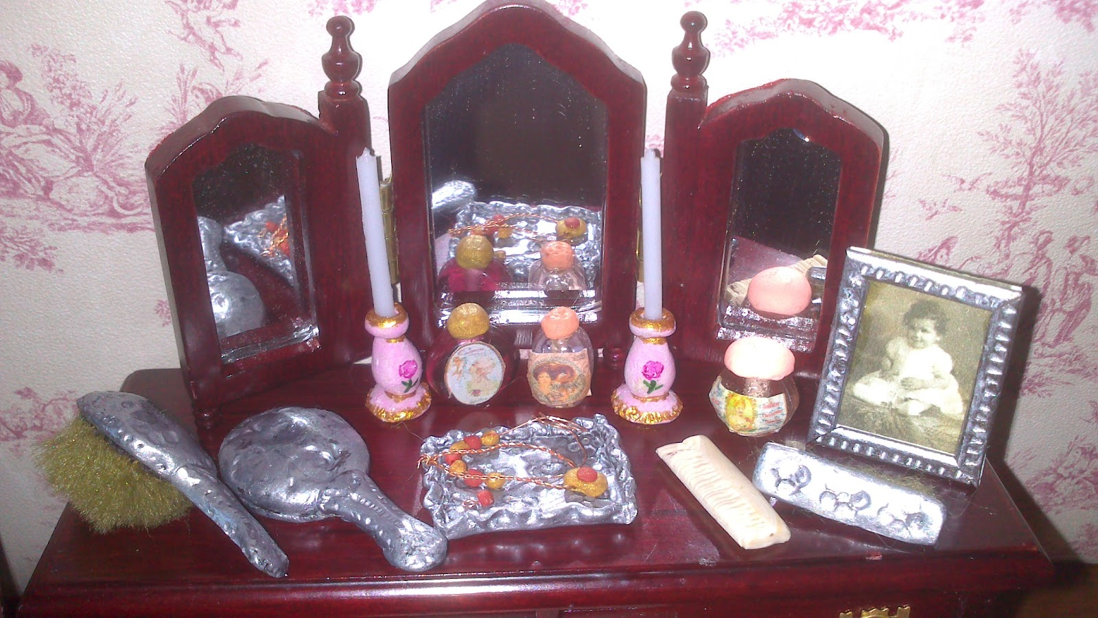 My Miniature World Miniature Dressing Table Set Made With