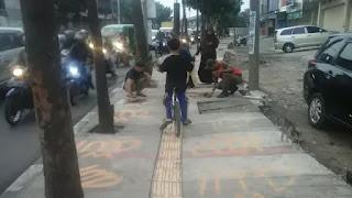 Coretan Lafaz Allah di Trotoar Jalan Leuwipanjang Kota Bandung Dilakukan Orang Gila