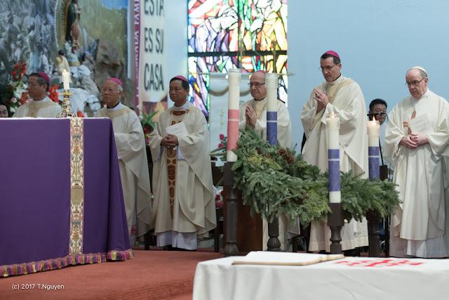 Hình ảnh thánh lễ an táng Đức Cha Dominicô Mai Thanh Lương - Ảnh minh hoạ 10
