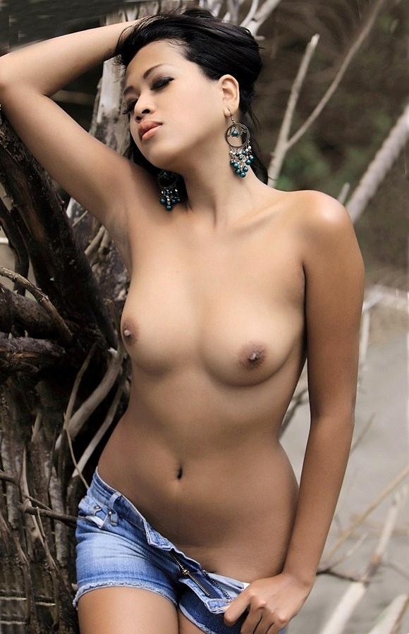 Xnxx Indonesian Cam Abg Mandi Free Pics