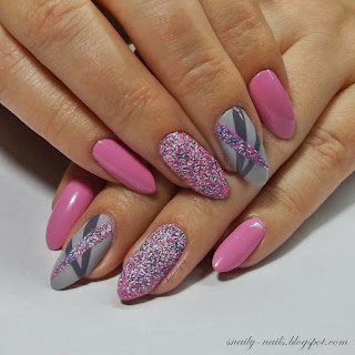 https://snaily-nails.blogspot.com/2017/09/cukierkowo-z-ed-beauty.html