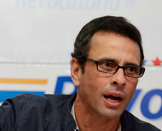 Divulgan supuestas conversaciones de BB de Capriles y otros opositores