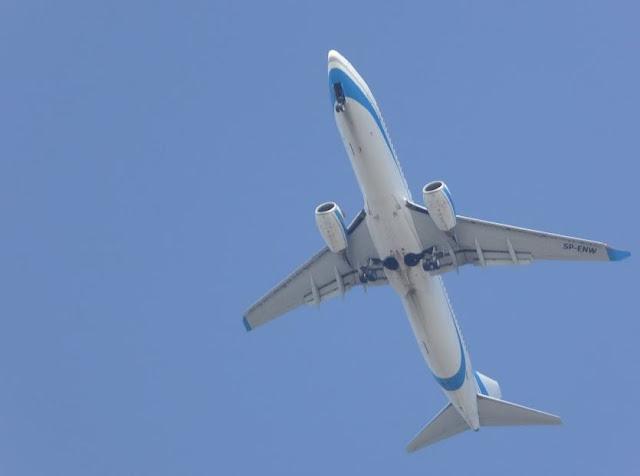 aereo in volo sopra Rodi