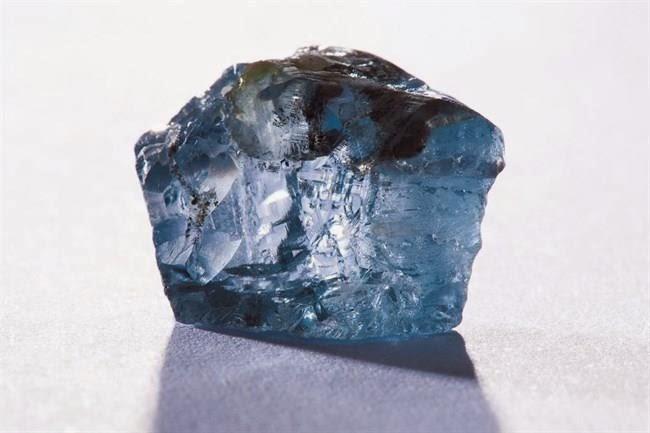 Csaknem négy és fél milliárdos gyémántra bukkantak