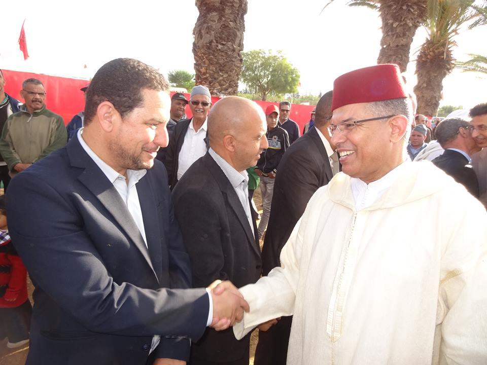 """تارودانت الخنافيف... عامل اقليم الحسين امزال  يعطي انطلاقة عملية """" تيويزي"""" بين الجماعات"""