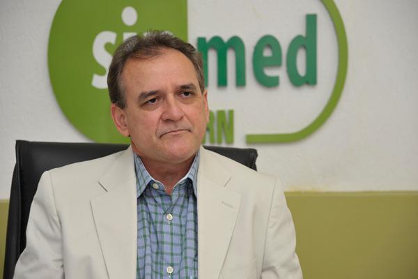 """BLOG DO JOEL REI: """"HÁ TENTATIVA DE CONTAMINAR A FIGURA DO MÉDICO ..."""