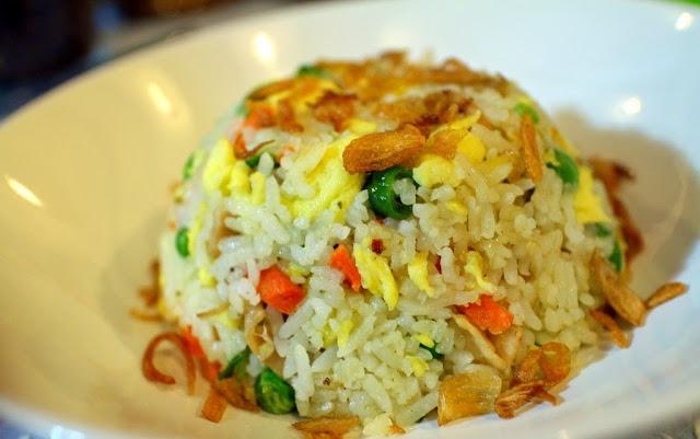 Resepi Nasi Goreng Cina Ringkas Namun Sedap