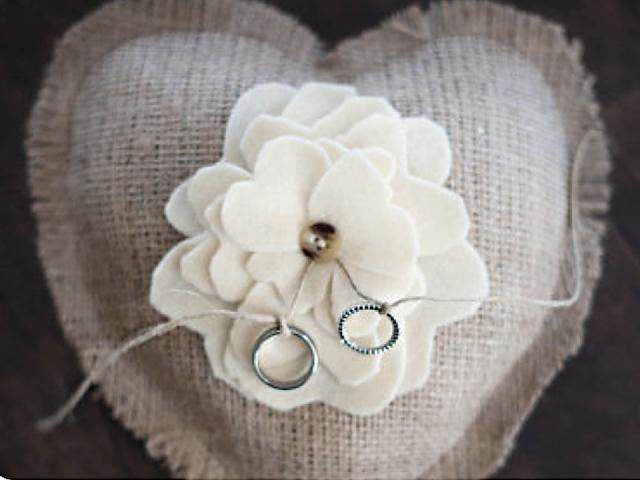 decoração de casamento com corações