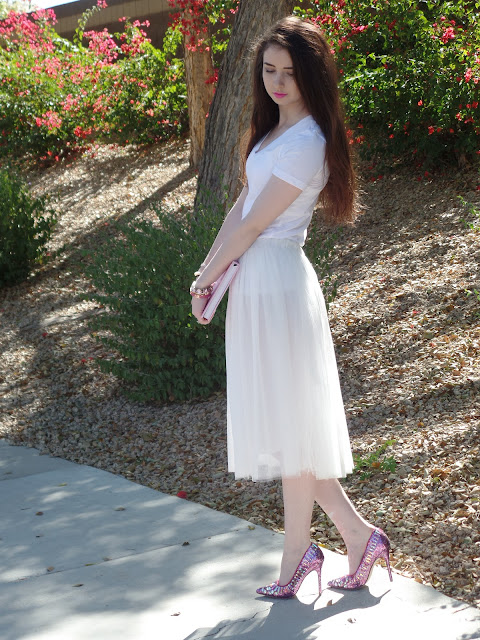 girly outfit- tulle skirt and pink accessories