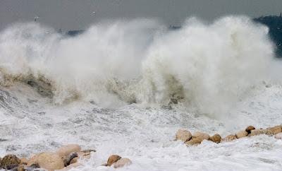 варна черно море вълнение 6 бала