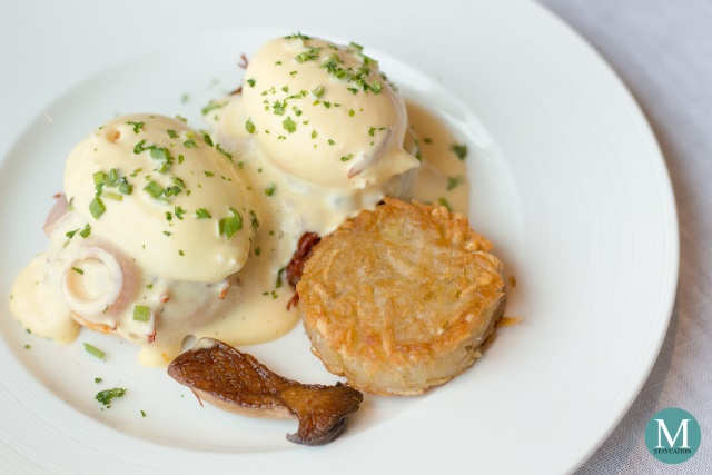 Eggs Benedict at the Horizon Club Lounge of Shangri-La at the Fort, Manila