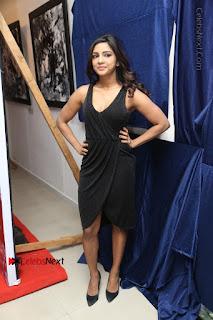 Telugu Actress Kamna Singh Stills in Black Dress at Bharat Thakur Art Exhibition Launch  0198.jpg