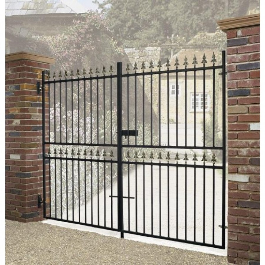 Whenever You Want To Cover Your Space And You Want To Make It Completely  Secure, You Should Install The High Quality Metal Gates. It Will Also  Provide The ...