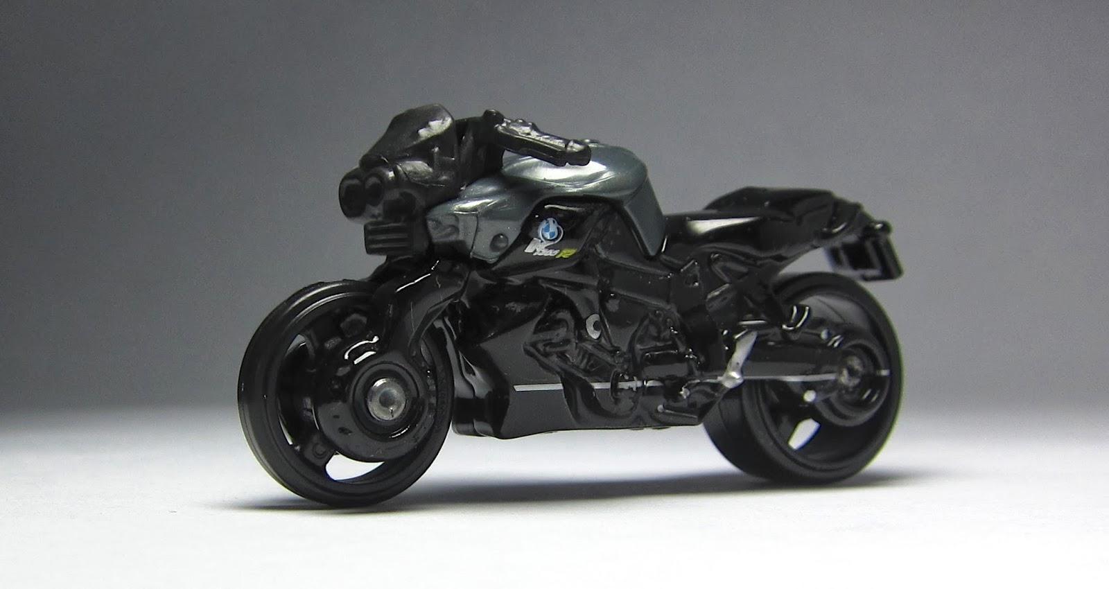 best motorcycle 2014: first look: 2014 hot wheels bmw k1300 r
