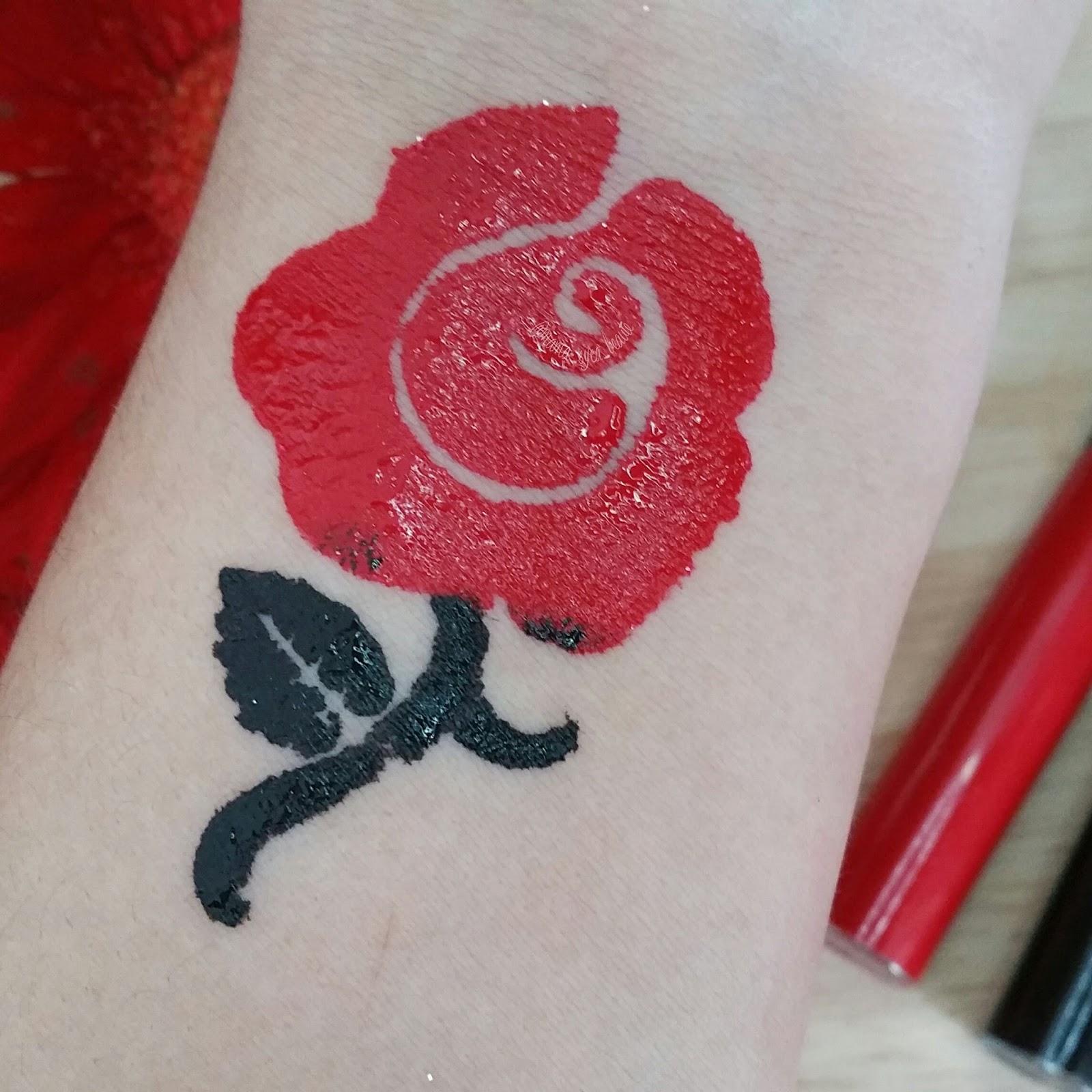 avis_rouge_veloute_sans_transfert_cream_lip_stain_sephora_swatch_code_promo_mama_syca_beaute