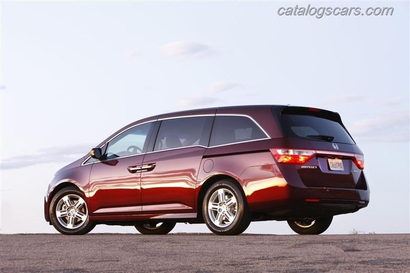 صور سيارة هوندا اوديسى 2012 - اجمل خلفيات صور عربية هوندا اوديسى 2012  Honda Odyssey Photos Honda-Odyssey-2012-04.jpg