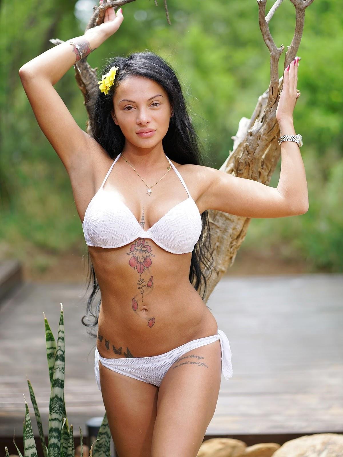 Tiffany van soest nude