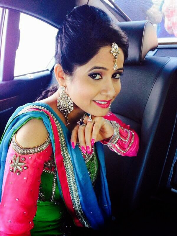 Miss Pooja All Wallpapers 2015 - Englandiya-6669