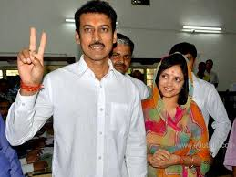 Rajyavardhan Singh Rathore Family Wife Son Daughter Father Mother Age Height Biography Profile Wedding Photos
