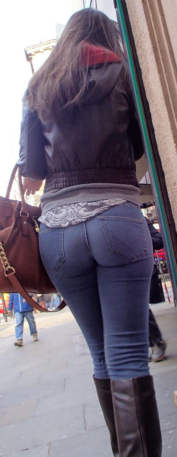 Candid skinny girl in shiny leggings