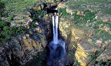 Inilah Air Terjun Terindah di Dunia Yang Membuatmu Takjub