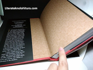 miss peregrine's home for peculiar children opening page side flap