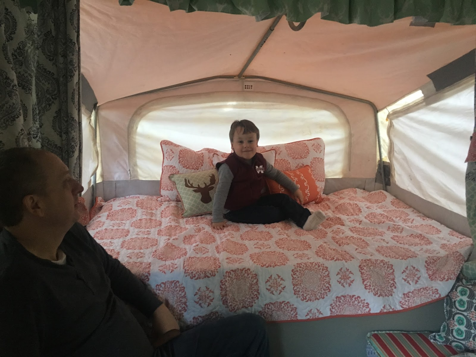 The Southern Glamper: Replacing A Pop Up Camper Mattress on