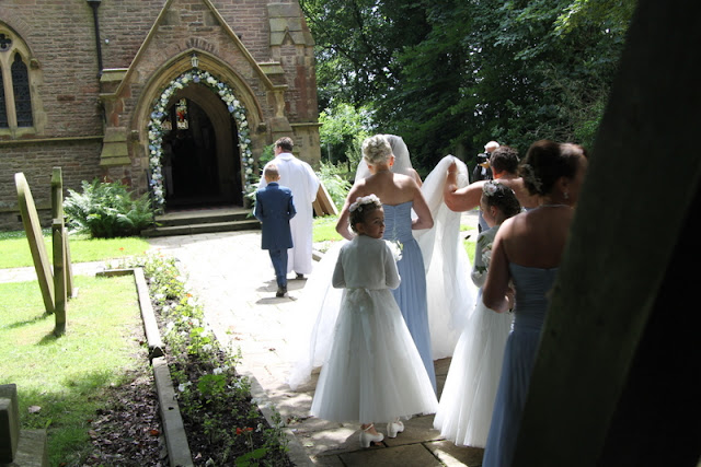 Cheryl Amp Steves Beautiful Blue Wedding Day At St Annes