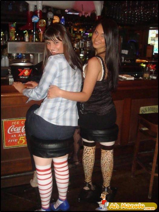 Belas pernas, garotas...