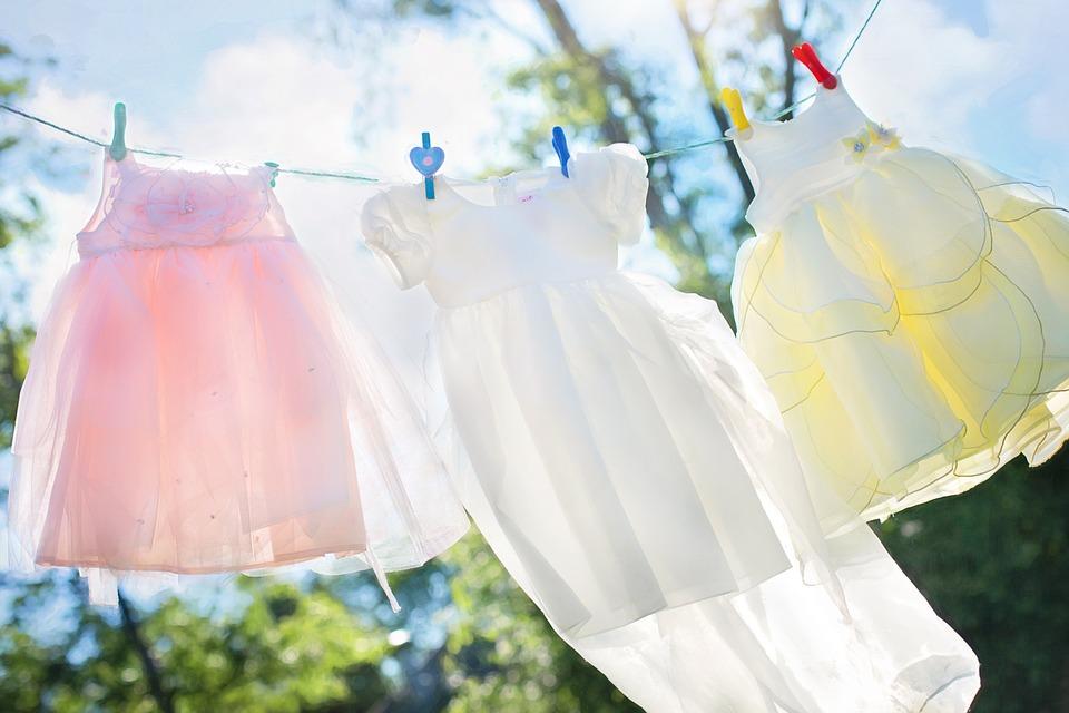 Recupere o branco da sua roupa com este truque caseiro e barato