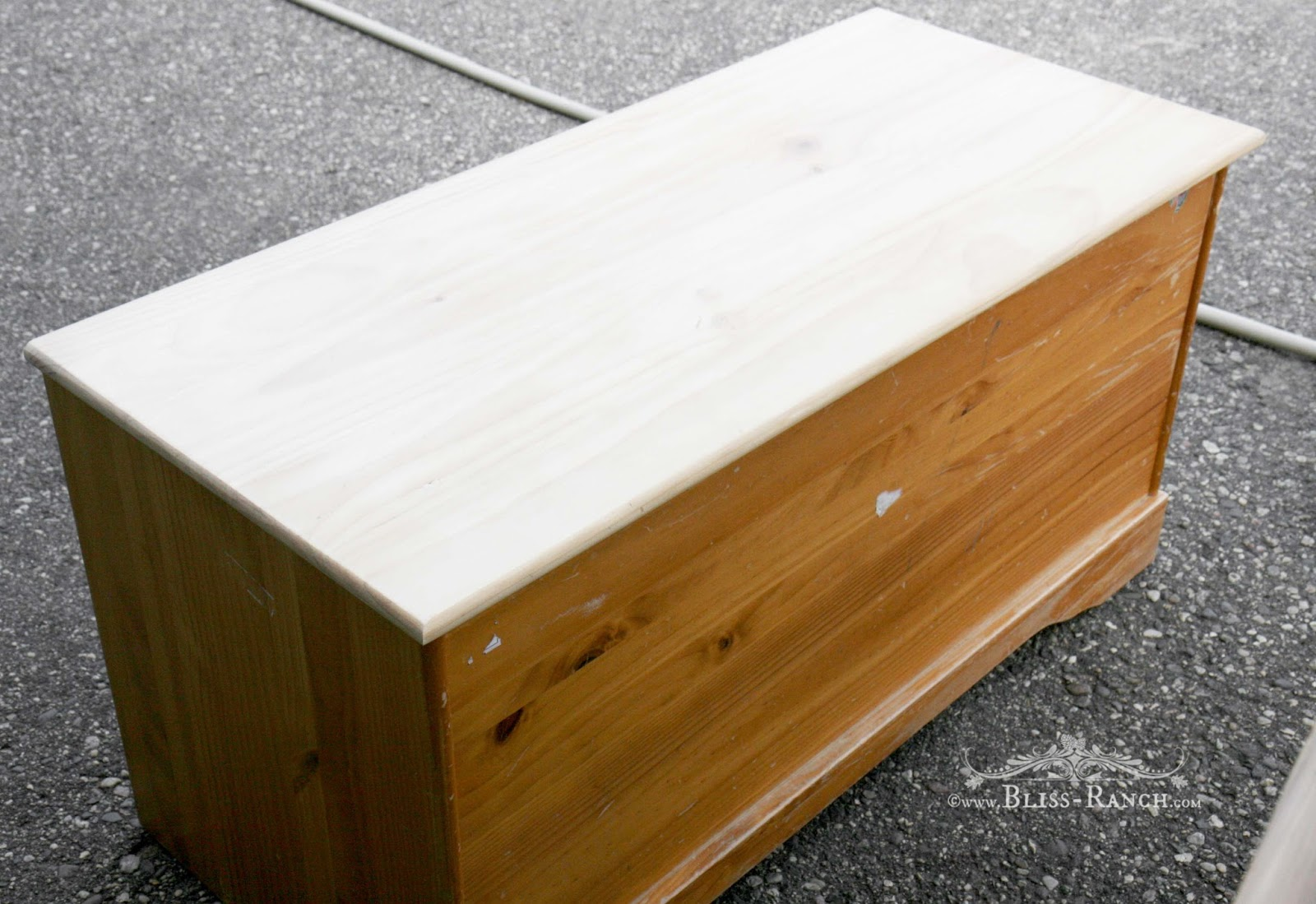 Pine Box Upcycle To Blanket Chest, Bliss-Ranch.com