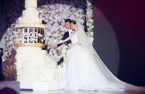 Angelababy wedding pictures