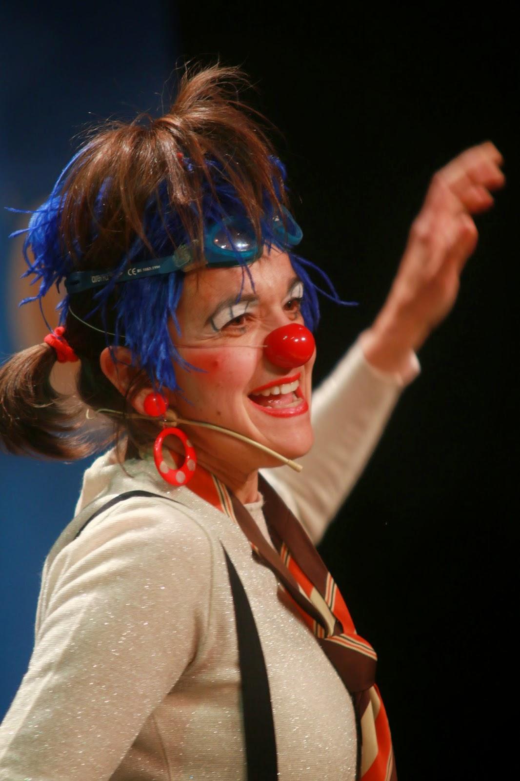 payasa, clown, teatro infantil, teatro familiar, teatro para todos los públicos,