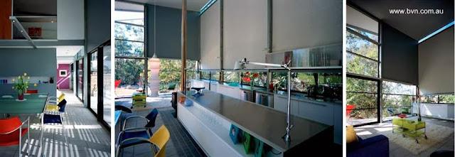 Interior de la residencia contemporánea hecha de metal y vidrio