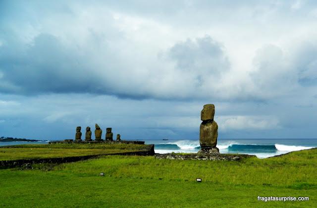 Ahu Tahai, plataforma de moais à beira-mar na Ilha de Páscoa
