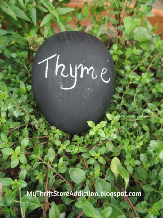 Repurposed chalkboard egg herb marker