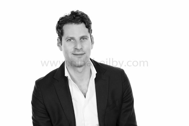 Dan Rosen, portrait photography, chatswood, sydney, north sydney, headshot, corporate photography
