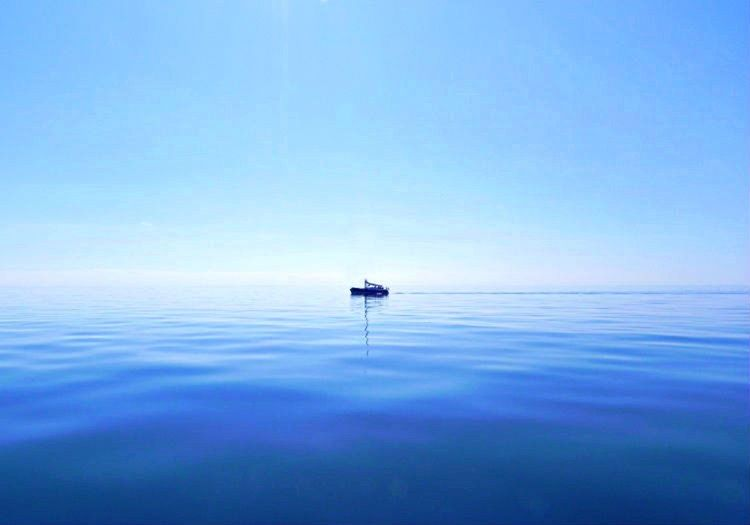 Doldrum, Ekvator yakınlarında bulunan sakin deniz alanlarına verilen bir isimdir.