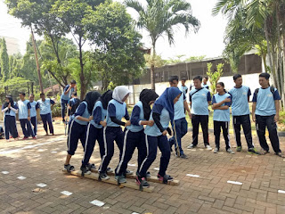 SMAN 110 Mengikuti Event Olahraga Tradisional 2018