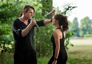 Foto de la película en la que aparecen Dimitri y Rose.