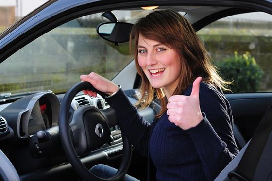 دراسة تؤكد خطورة استخدام السيارة على صحة الانسان والإصابة بالسمنة