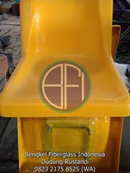 contoh kursi fiber