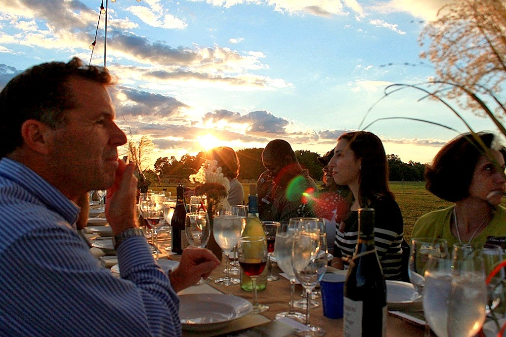 Dusk Hovers the Field to Fork guests