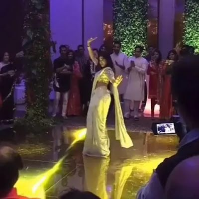 Sara-Ali-Khan-dances-on-Saat-Samundar-Paar