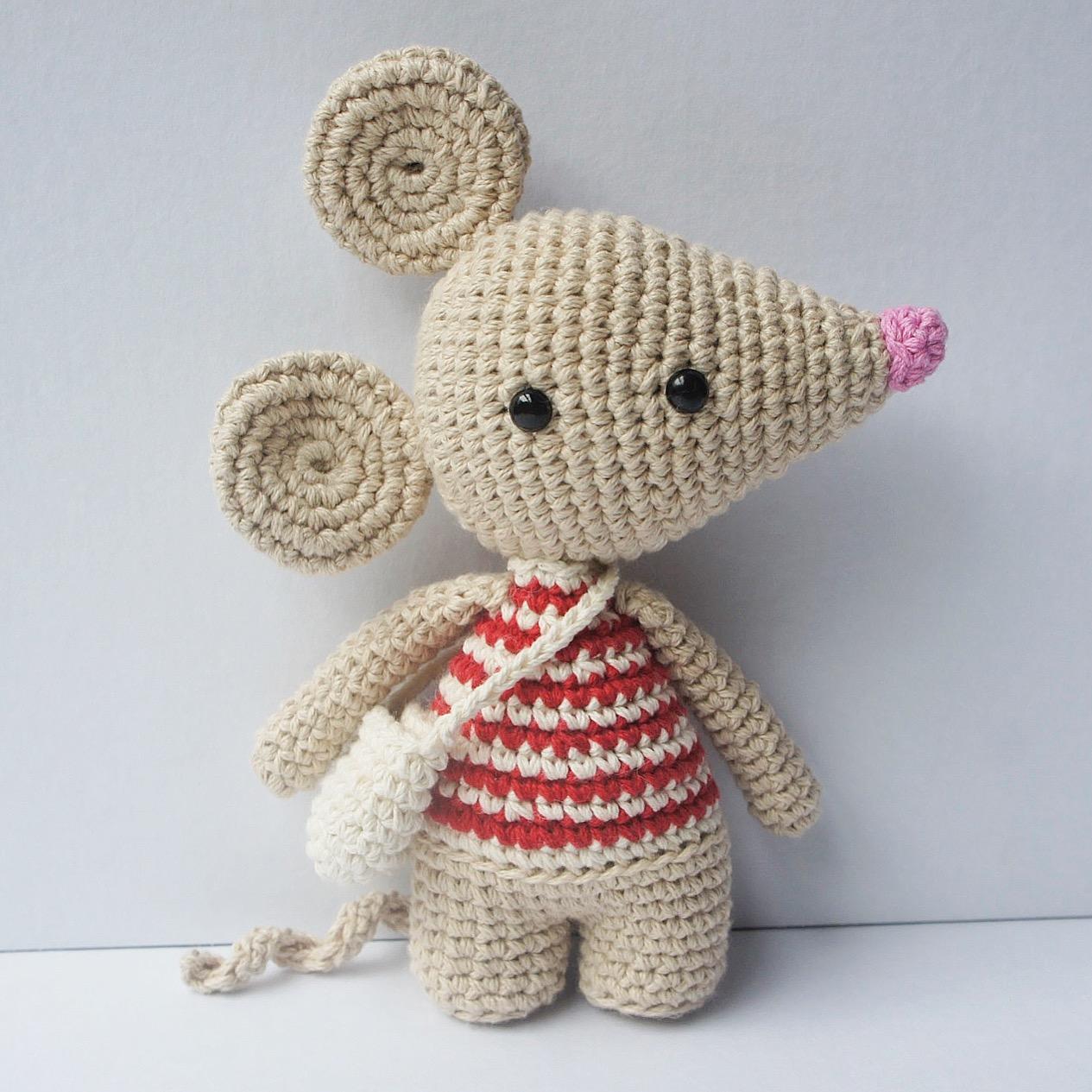 Freebie Friday – Crochet Tooth | yochet | 1265x1265