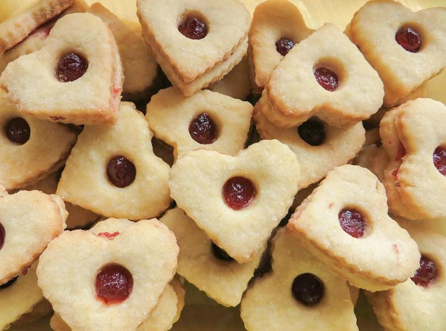 galletas linzer con mermelada de frambuesa