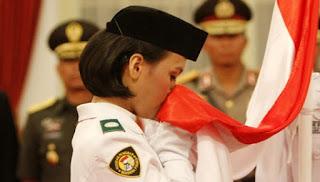 Lirik Lagu Bendera Merah Putih - Ibu Sud