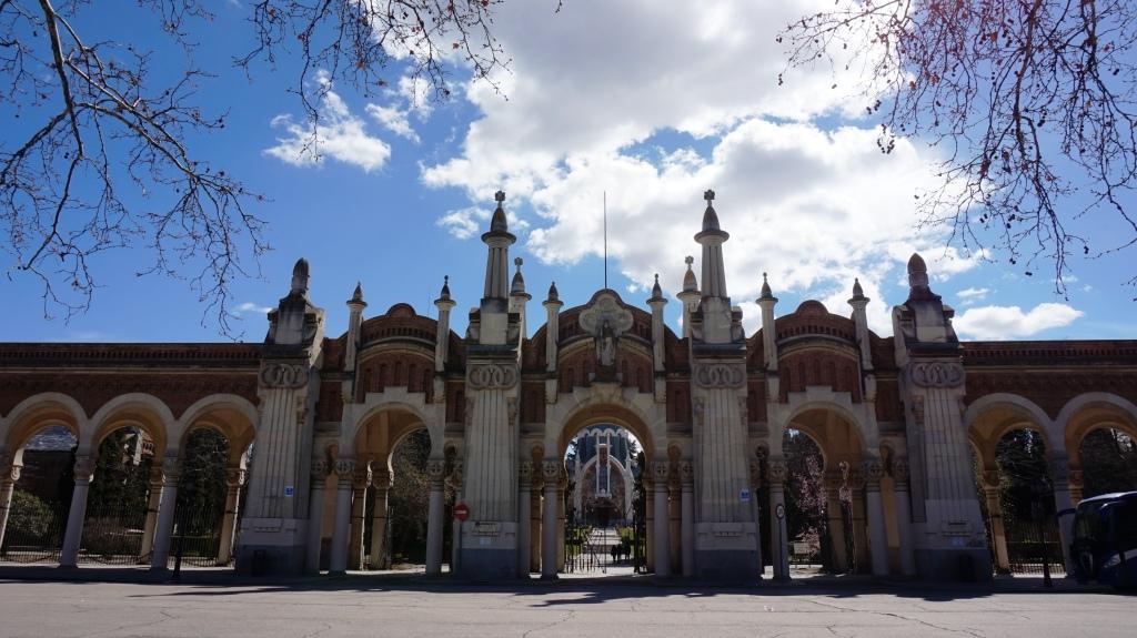 arquitectura y botánica del cementerio de la almudena