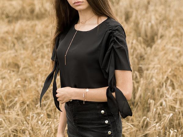 246: Stylizacja: zwiewna bluzka i czarna spódniczka - NA-KD